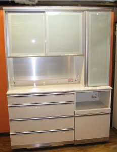 横浜市・川崎市 綾野製作所キッチンボード/食器棚 家具の出張買取り